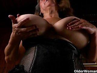 bbw big granny latina masturbating mature