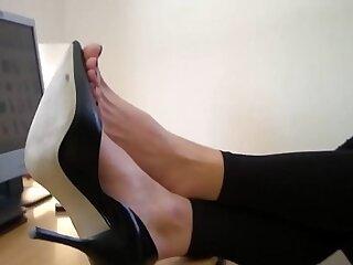 foot office sexy girls