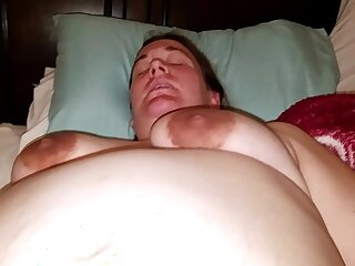girls pregnant squirting
