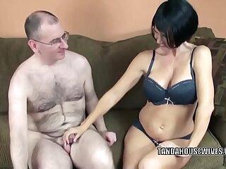 amateur babe big blowjob boobs brunette