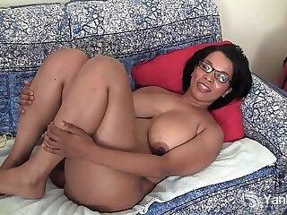 amateur big ebony glasses high definition masturbating