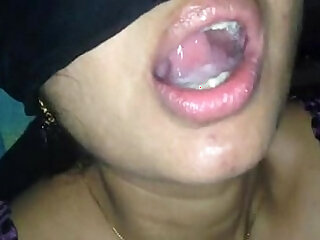 aunty indian swallow