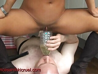 mistress oiled pissing slave toilet