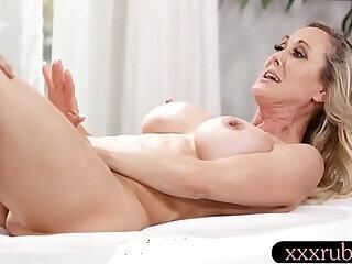big big tits fingering lesbian massage mom