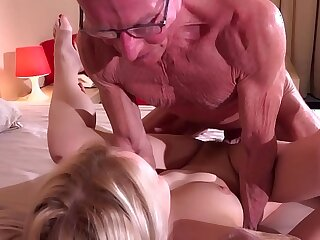 18 years beautiful blonde blowjob cumshot fucking