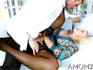 fingering lingerie mature milf mom sexy girls