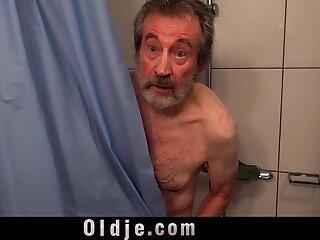 bathtub beautiful big blonde blowjob boobs